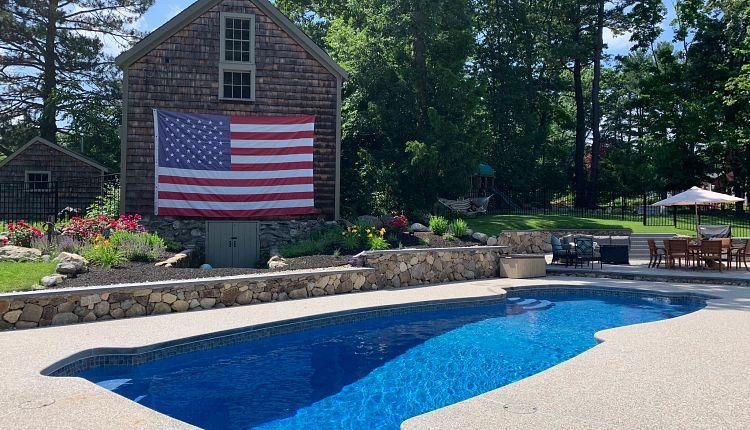 gulf-coast-pacific blue-fiberglass-barn-american-flag.jpg